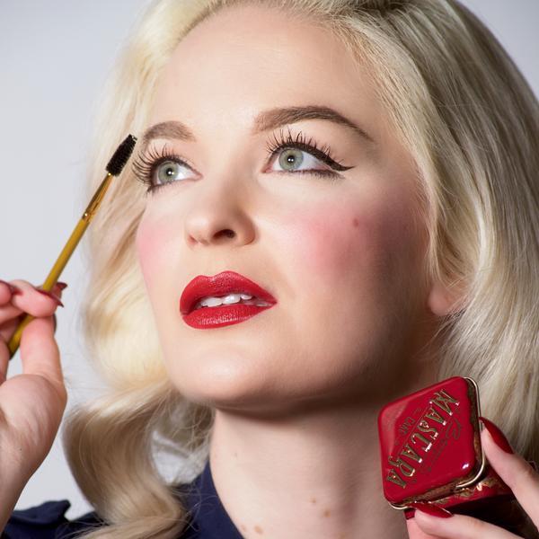 Besame Cosmetics: Zero Waste Mascara: 15 Sustainable Brands for Bold Lashes